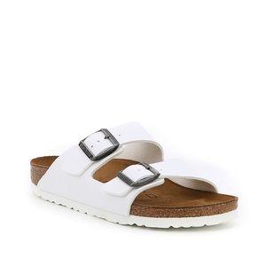 Like new Birkenstock Women's Arizona Sandals